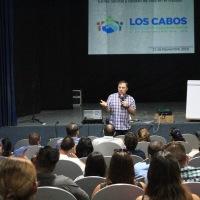 Se ofrece conferencia vivencial a servidores públicos de Los Cabos