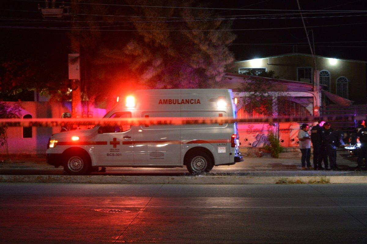 Dos muertos en La Paz en dos eventos simultáneos, uno de los occisos es ex agente de la Policía Ministerial