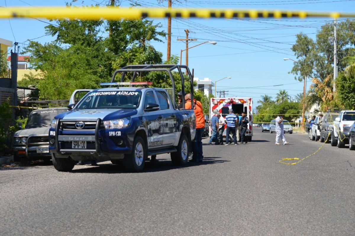 Trágico ataque a BALAZOS deja 1 muerto y 1 bebé de 1 año y medio lesionados en colonia Vicente Guerrero de LA PAZ