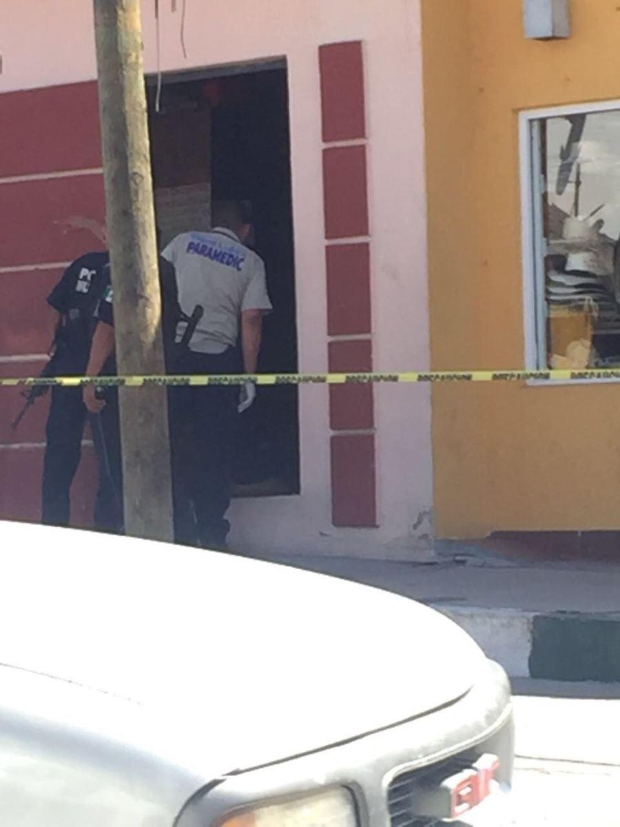 Asesinan a un hombre en Cerrajería Mondragón en San José del Cabo esta tarde.