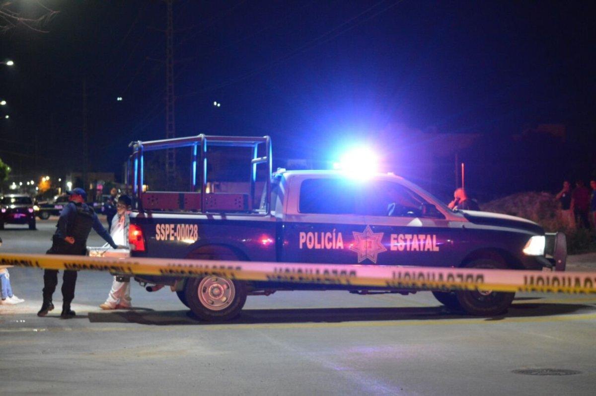 ¡Ejecutado y NARCO MENSAJE en la colonia Ruiz Cortines en La Paz esta noche!