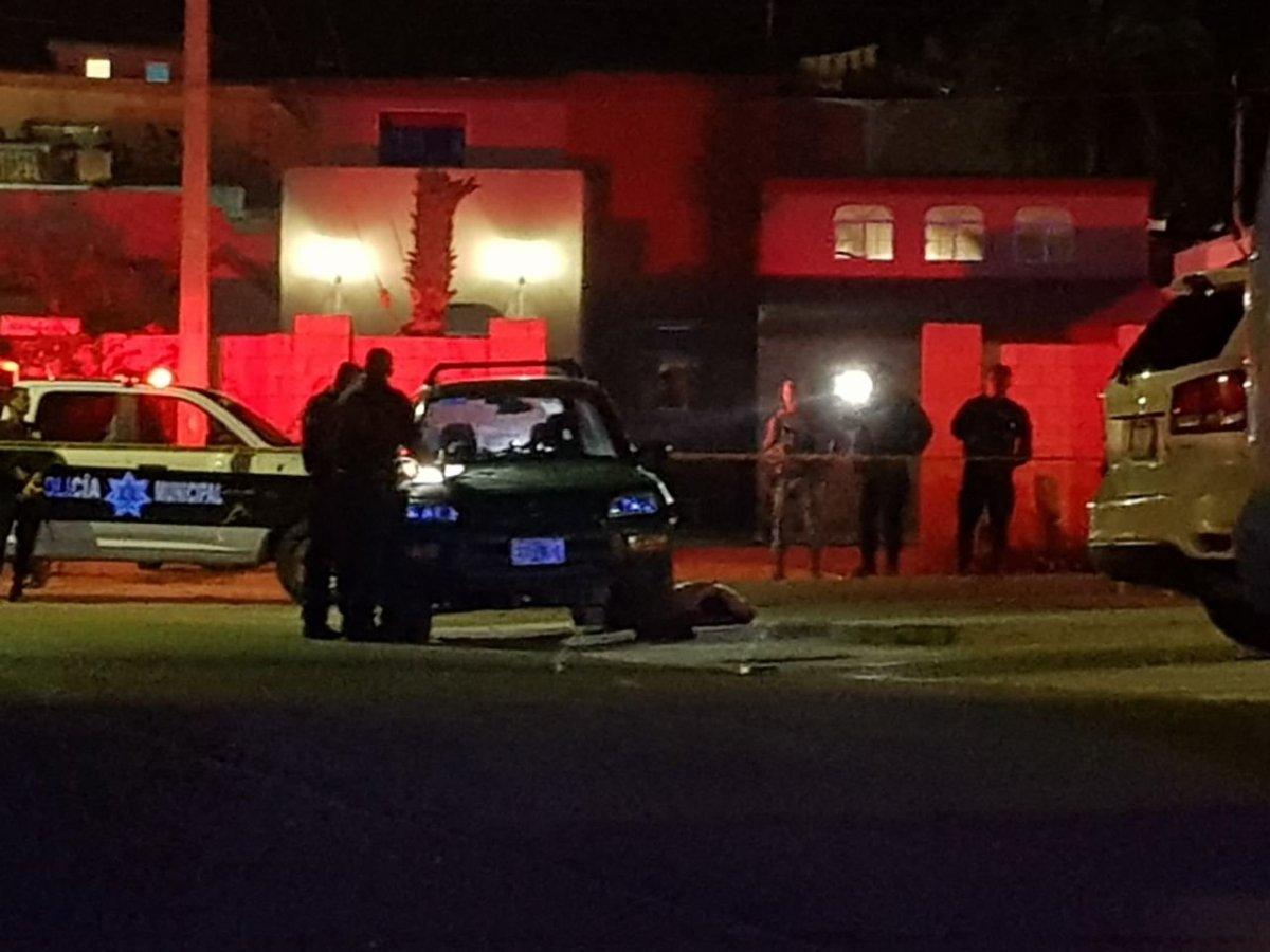 Asesinado a tiros atrás del edificio de TELMEX en San José del Cabo