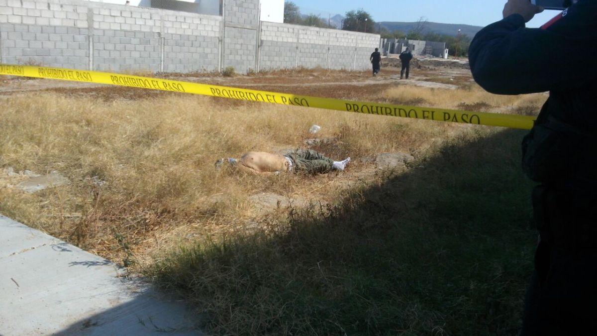 ¡Abandonan cuerpo de hombre sobre prolongación J. Mujica en La Paz!